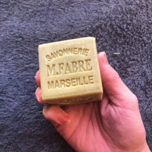 マルセイユ石鹸でシャンプーってどう?オリーブせっけんで髪を洗うメリットとデメリット