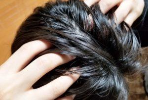 頭皮マッサージは逆効果?正しいマッサージのやり方を美容師が教えます。