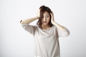 【男女共通】髪の毛が細くなる5つの原因と今日からできる対策【美容師が教える】